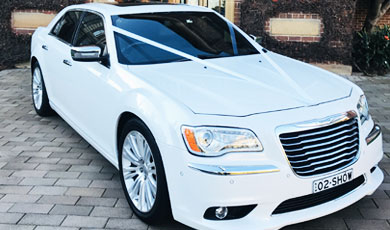 Chrysler 300C Luxury Sedan